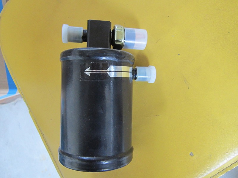 顶置空调储液器